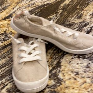 Madden Girl Tennis Shoes